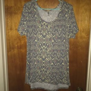 LuLaRoe Classic Tee BRAND NEW WITH TAGS XL♥️